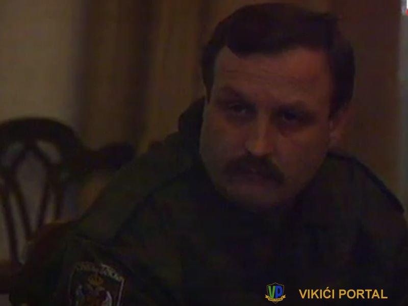 Mile Martić u uniformi