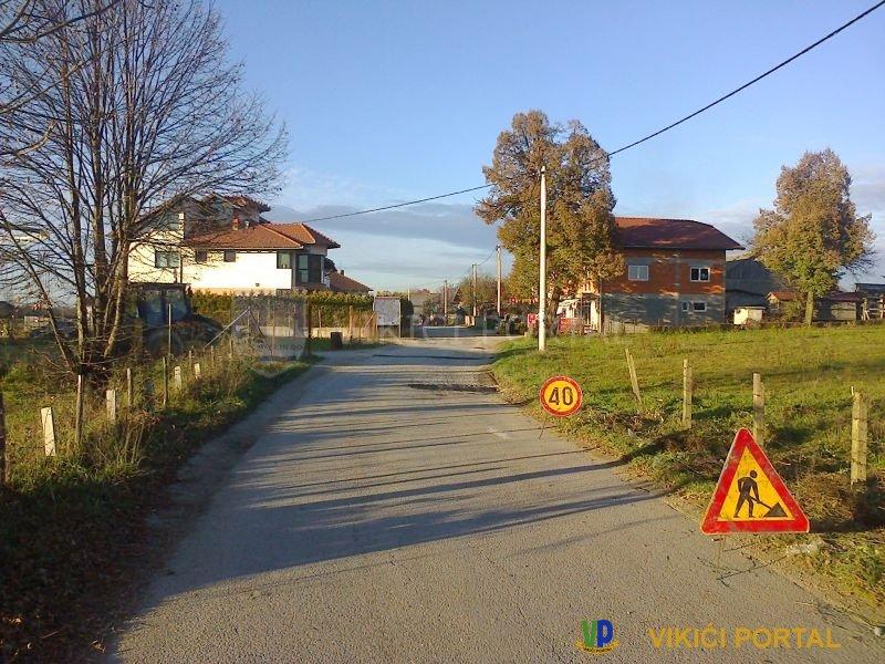 Saniranje udarnih rupa naselje Vikići