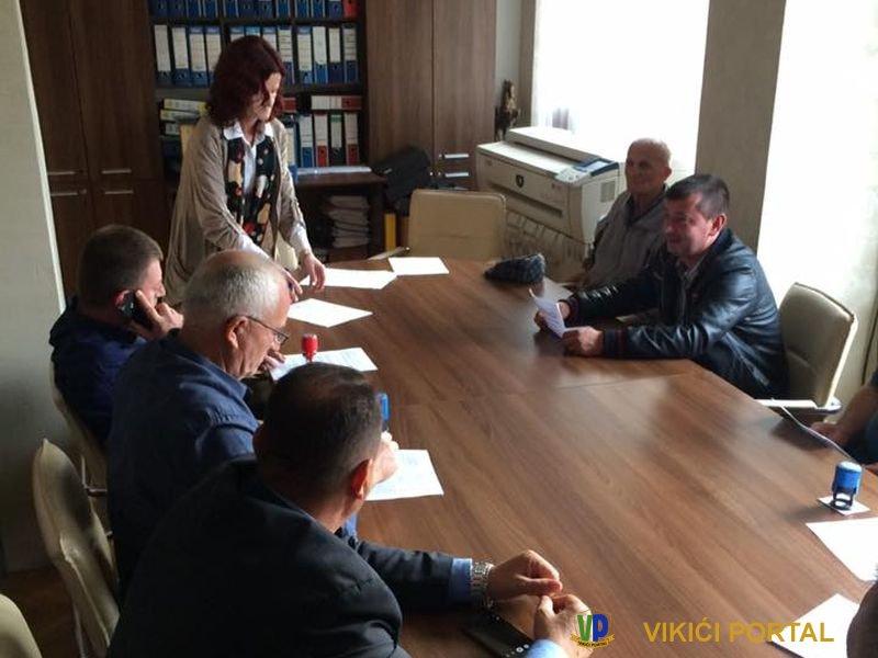 sa potpisivanja ugovora za besplatan prevoz učenika u Bihaću