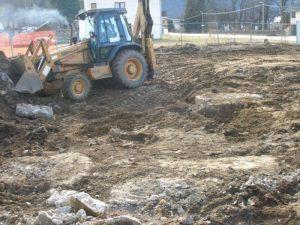 Primjer nedavne devastacije nekropole stećaka u Kreševu
