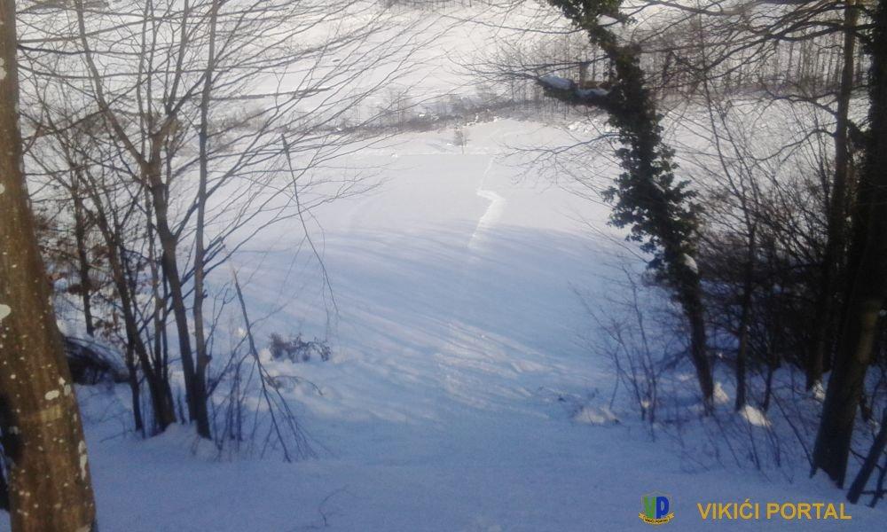 pogled sa vrha skijaške staze Ćakinovac